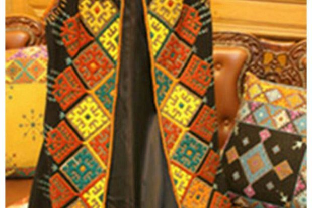 منسوجات سنتی در سعدآباد به نمایش درمی آید