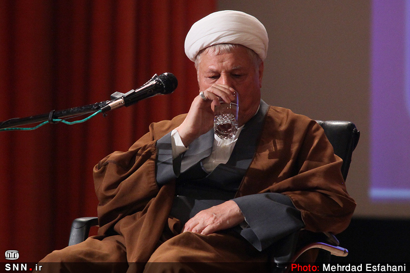 چند پرده از حیات سیاسی مرحوم هاشمی رفسنجانی/ یک سال بدون «آقای خاکستری»