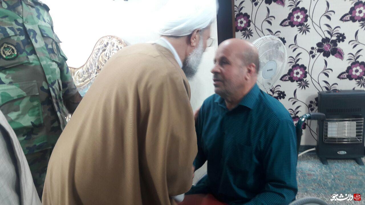 رئیس سازمان عقیدتی سیاسی ارتش از رحیم باوی جانباز ۷۰ درصد دیدار کرد