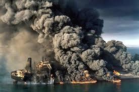 بنا شد کشته شدگان حادثه سانچی شهید خدمت تلقی شوند/ بازخوانی جعبه سیاه به طور متوسط ۳ ماه زمان خواهد برد