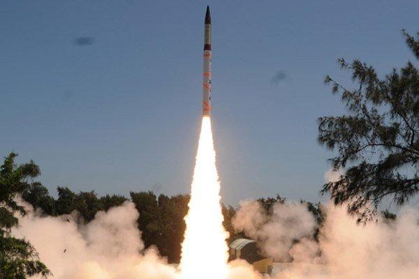 هند یک موشک بالستیک با قابلیت حمل کلاهک هسته ای آزمایش کرد