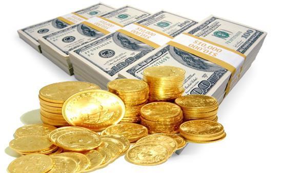 دلار به مرز ۴۵۰۰ تومان رسید/ رقابت تنگاتنگ طلا و دلار در گرانی