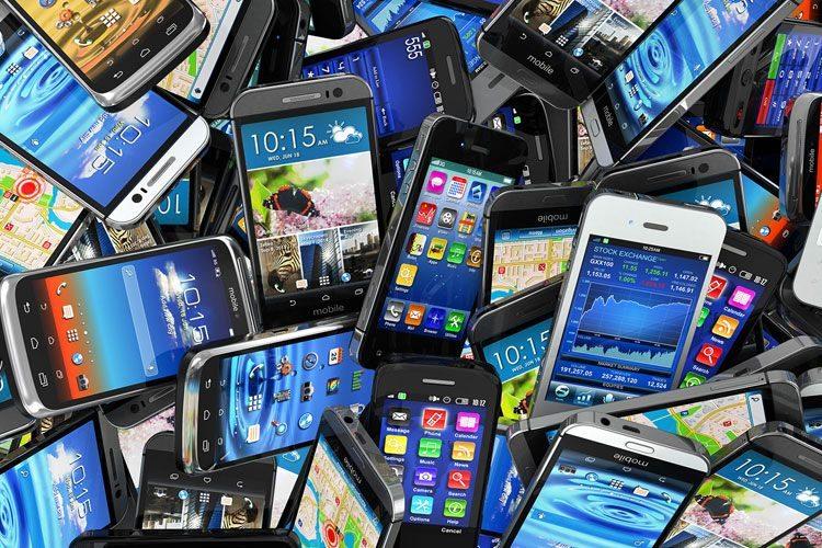 ماهانه چند میلیون گوشی تلفن همراه به شبکه مخابرات وارد می شود؟