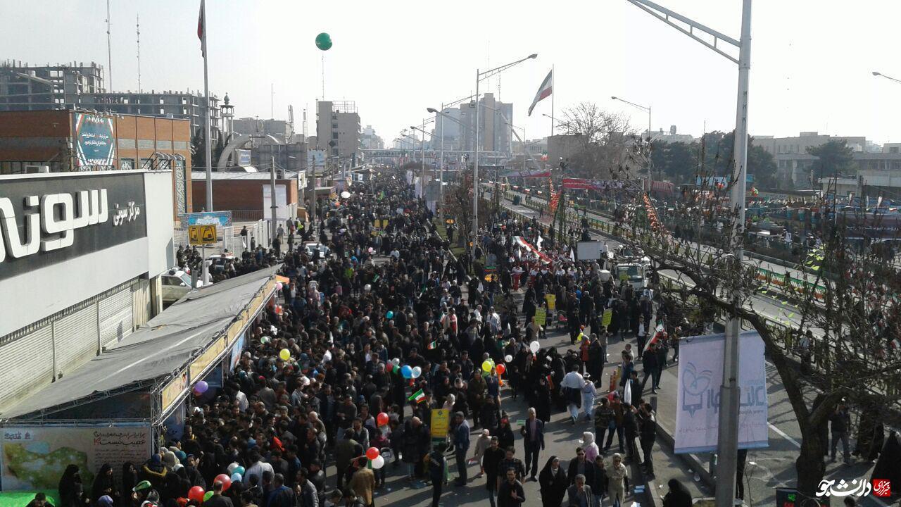 نجومی بگیران در راهپیمایی 22 بهمن!+عکس