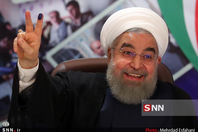 برگزاری رفراندوم آیا می تواند دولت روحانی را از «بن بست» نجات دهد؟/ دردسرهای یک رئیس جمهور دوست نداشتنی!