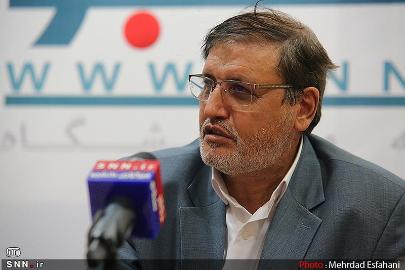 وزارت اطلاعات درباره رابطه سیدامامی با افسر جاسوسی سیا پاسخگو باشد