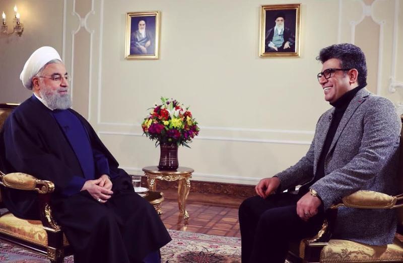 یک گفتگوی نمایشی و بی فایده/  ای کاش رئیس جمهور به سخنان حجت الاسلام روحانی گوش می داد