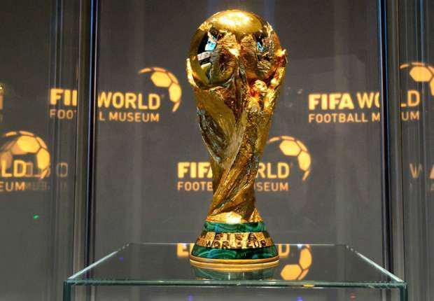 جام جهانی به لندن رسید+عکس