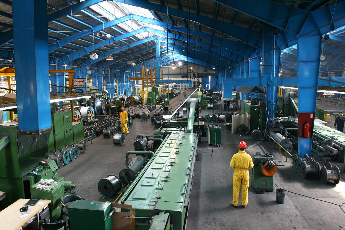 جوانان شهرهای صنعتی از همه بیکارترند!/ کارخانه آلومینیوم اراک می تواند ۱۴ هزار فرصت شغلی ایجاد کند