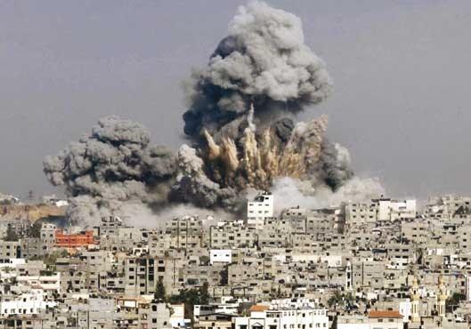 تانک های اسرائیلی مواضعی را در نوار غزه هدف قرار دادند