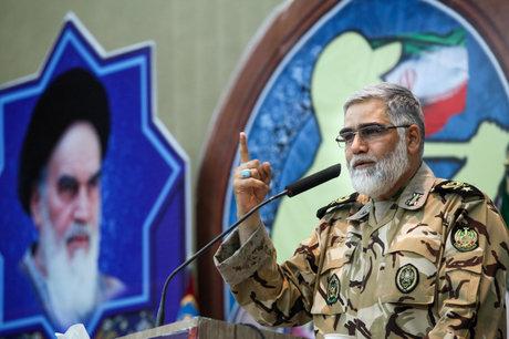 نیرو های مسلح ایران غافلگیر نخواهند شد/ پاشنه آشیل کشور، اقتصاد است