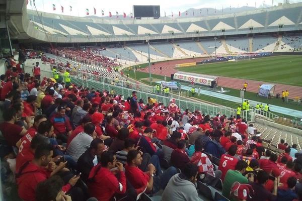 حاشیه دیدار پرسپولیس _ استقلال خوزستان/ استقبال کم هواداران از بازی