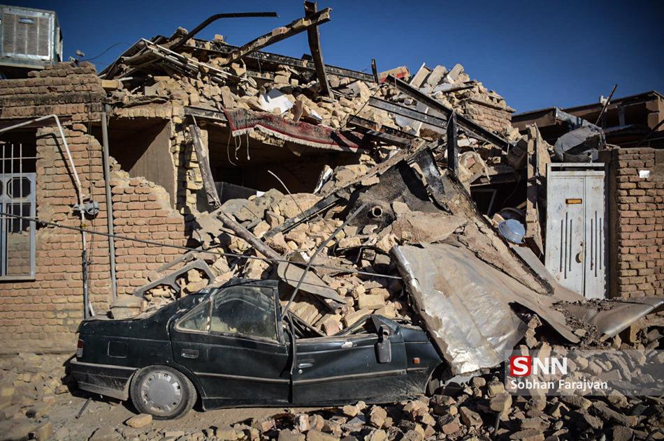 بیش از ۱۵ عضو خانوادهام جان باختهاند/ شمار کشتههای زلزله بیش از آمار رسانههاست