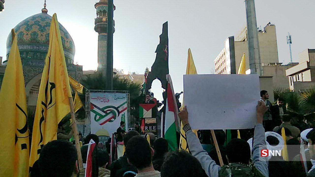 حضور اولیه دانشجویان در اجتماع بزرگ مدافعان حریم قدس شریف