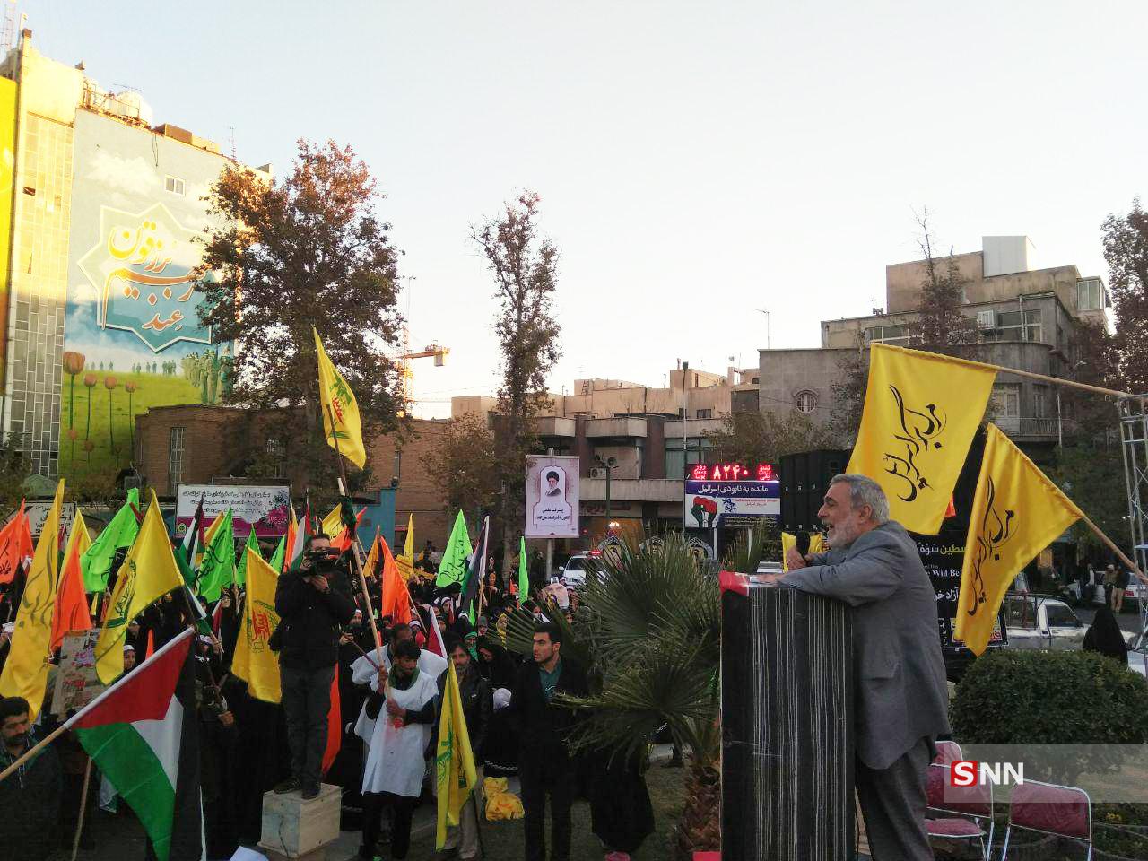 ما همچون شهدای مدافع حرم در مقابل اسراییل و کنار فلسطین خواهیم ایستاد
