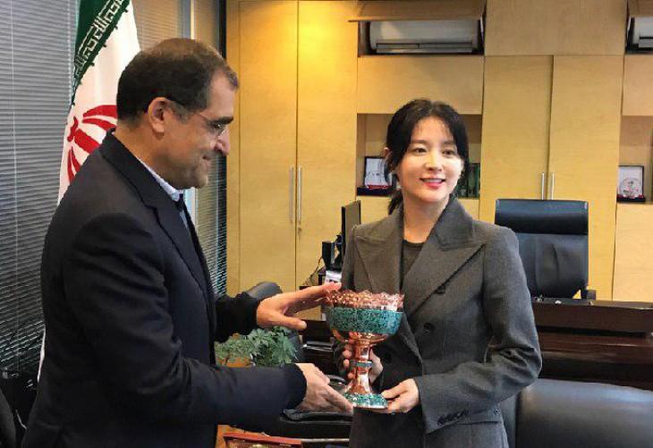 فیلم/ دیدار و قدردانی وزیر بهداشت از یانگوم