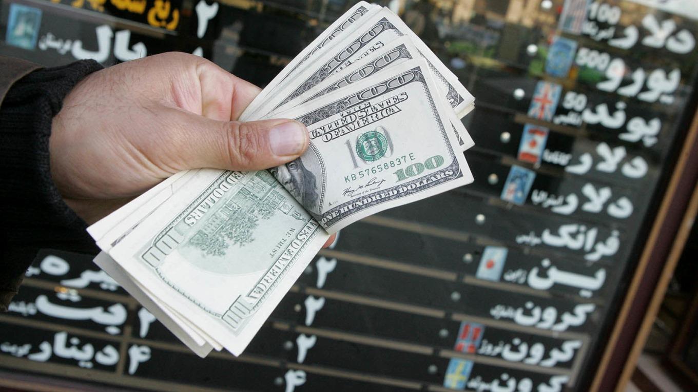 525864 918 - انگلیس: دلار آمریکا مرجعیت خود را از دست میدهد/ یوآن چین به ارز اول دنیا تبدیل خواهد شد
