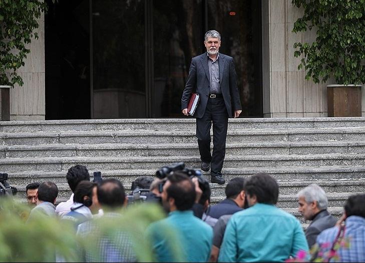تکرار داستان بیمسئولیتی مسئولان ارشاد در قبال خبرنگاران /اهالی رسانه چشم انتظار دستور وزیر ارشاد