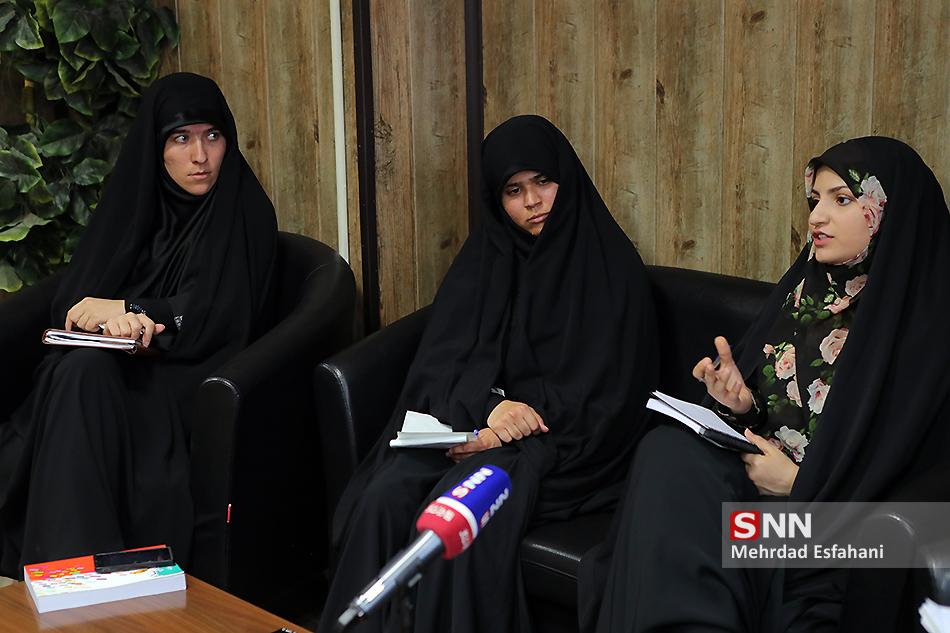 منتشر نشود//دبیران واحد خواهران تشکلهای دانشجویی ار دغدغههایشان میگویند/ نه فمنیسم، نه تحجر؛ در جستجوی اثرگذاری