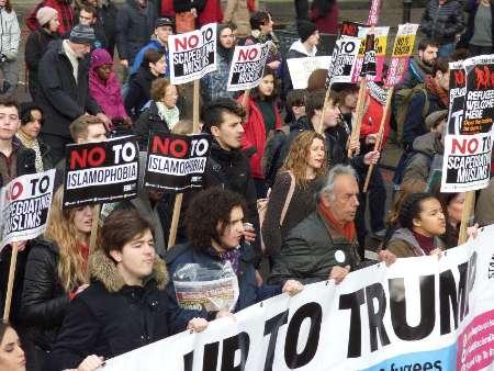 دستگیری ۱۲ معترض به سفر ترامپ در لندن