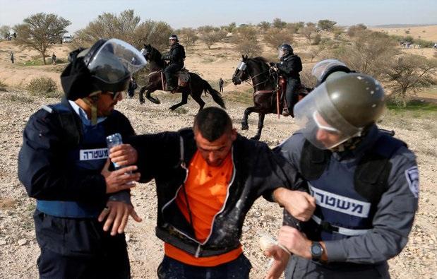 بازداشت ۱۲ فلسطینی در کرانه باختری بدون تفهیم اتهام