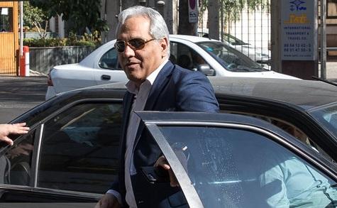 حضور مهران مدیری در دادسرای برای شکایت از «شرق» + عکس