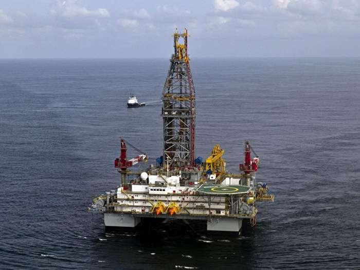 چقدر از پول نفت کشور اختلاس شده است؟/ نفت، اختلاس، اغتشاش