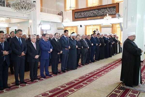 اسد نماز عید قربان را در دمشق ادا کرد