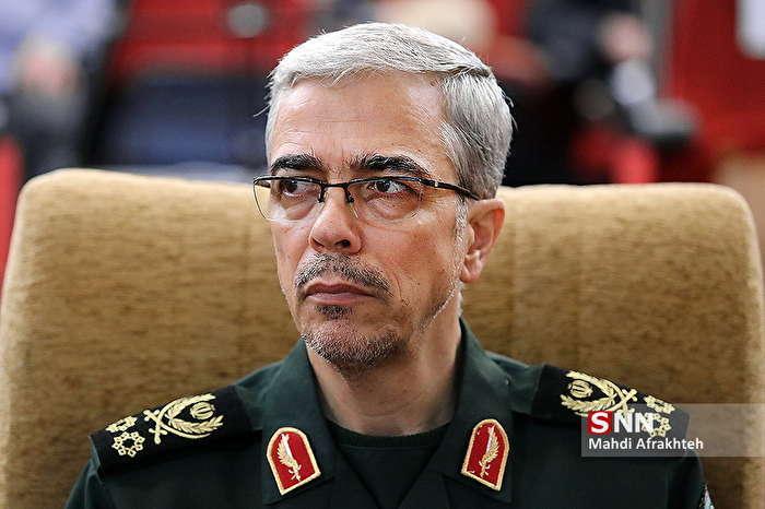 رئیس ستادکل نیروهای مسلح درگذشت پدر سردار حاجیزاده را تسلیت گفت
