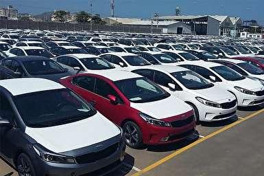فیلم/ دپوی 14 هزار خودرو در گمرک! / کاهش قیمت بسیار کند خودروها