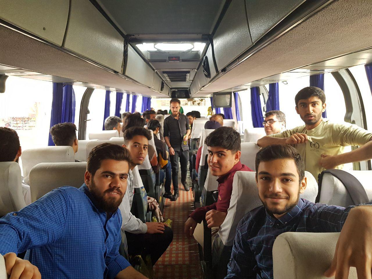 تداوم فعالیتها در مناطق سیل زده/ ۱۲۰ دانشجو جهادی استان به لرستان اعزام شدند