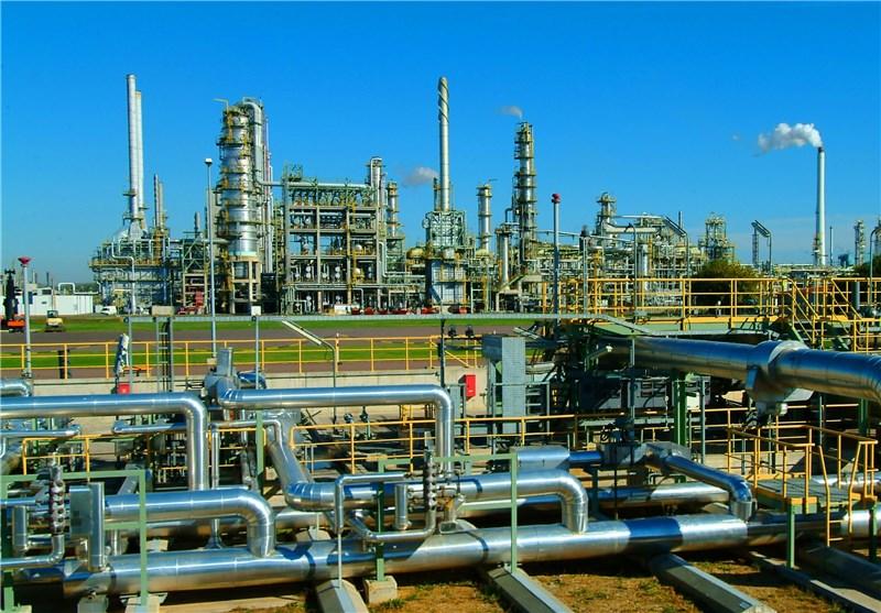 پاسخ متقابل ایران به تحریمهای نفتی با توسعه صنایع پتروپالایشی