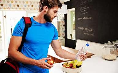 خوراکیهای مضری که بعد از ورزش کردن نباید مصرف کنیم
