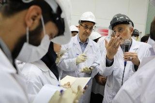 جایی که واقعا اورانیوم غنی می کردند!!/تولد ۱۵ ماشین جدید سانتریفیوژ تنها با 3 گام/ اقدامی که دانشمندان را با کمبود نام مواجه کرد
