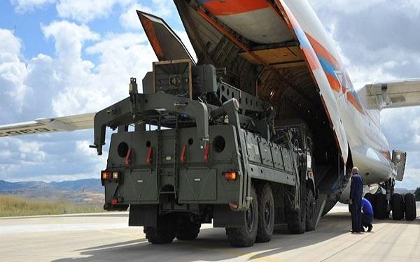 ترکیه سامانه اس 400 را بر روی جنگندههای آمریکا آزمایش کرده است