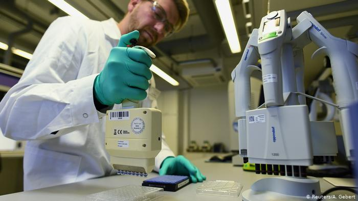 آخرین خبرها از نتایج ساخت واکسن کرونا در دنیا / ۶ کشور به مرحله آزمایشهای انسانی رسیدند