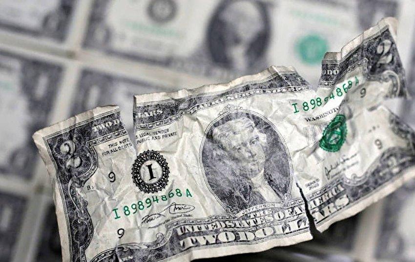 بدترین سقوط ماهانه ارزش دلار در 10 سال اخیر