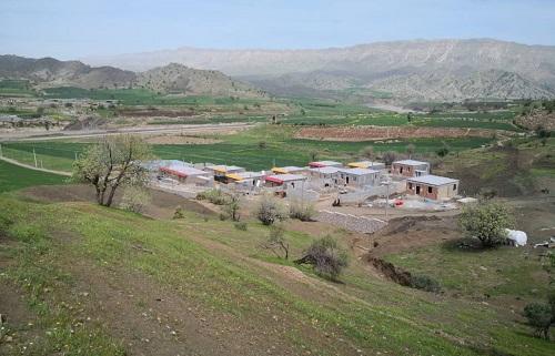 //چمکبود تشنه است / راهداری لرستان مانع انتقال آب شرب به این روستا شده!