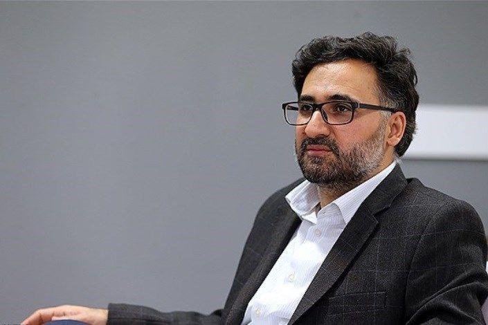 دهقانی فیروزآبادی: با ارتباط مستقیم صنعت و دانشگاه مخالفم/ صنعت حس خوبی نسبت به بسیاری از دانشگاهها ندارد