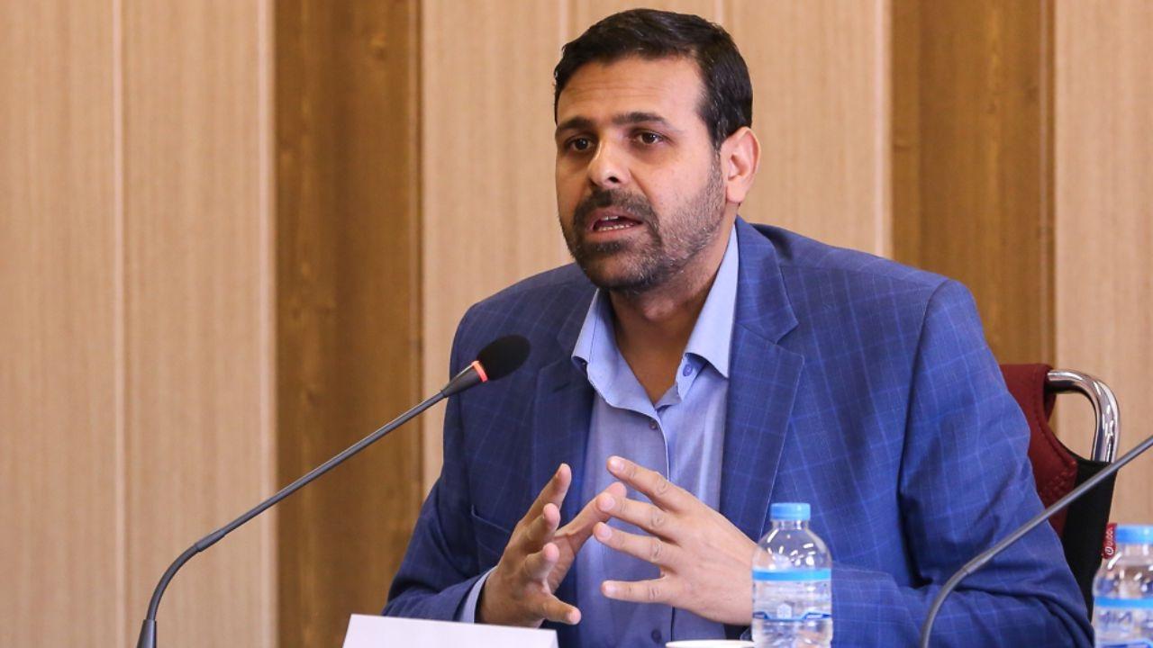 نادری: وزیر علوم زیربار مزایا به اساتید حقالتدریس نمیرود / سال آخر دولت و سیاسیکاریها در جذب