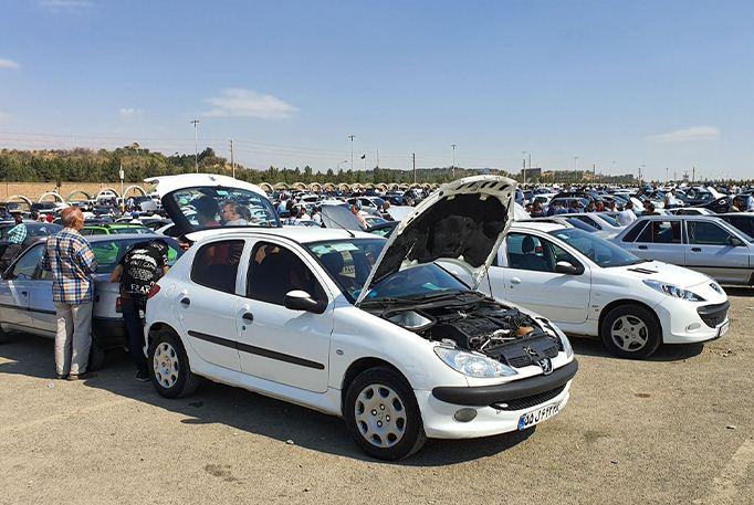 1178218 519 » مجله اینترنتی کوشا » برآورد ۱۰۰ هزار میلیاردی فاصله قیمت خودرو از کارخانه تا بازار 1