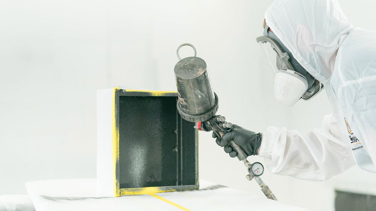 خط تولید شیلدهای الکترومغناطیسی تقویت شده با گرافن راهاندازی شد