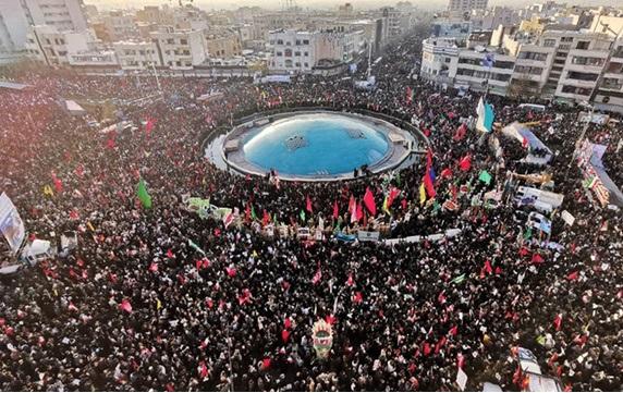 1208470 777 » مجله اینترنتی کوشا » دیگر صحنهای مانند تشییع میلیونی پیکر شهید «سلیمانی» نخواهم دید/ شاید ایرانیان نزدیکترین مردم به یونانیان باشند 1