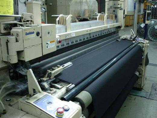 استانداردهای چادر مشکی کیفیت بسیار بالایی دارند/ کمیت تولید در مواد اولیه لنگ میزند