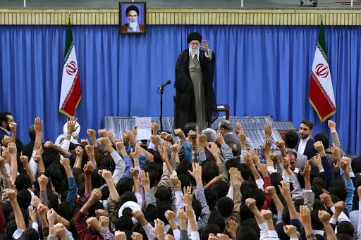کدام دانشجویان در دیدار با رهبر انقلاب سخن خواهند گفت؟ + اسامی