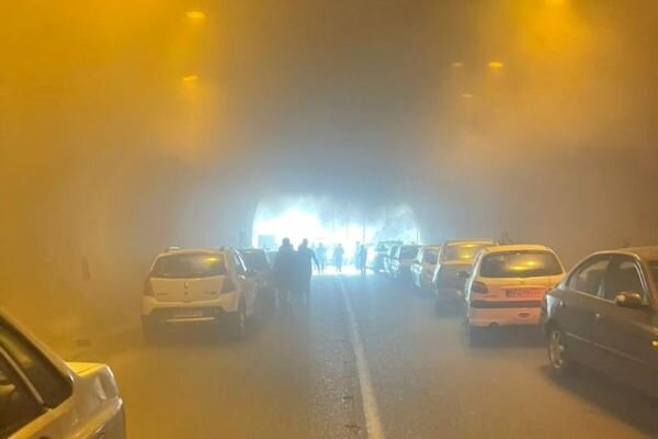 آتشسوزی یک خودرو در تونل پردیس