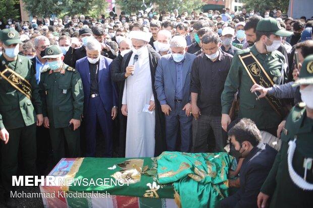 پیکر شهید عبداللهزاده در تهران تشییع شد