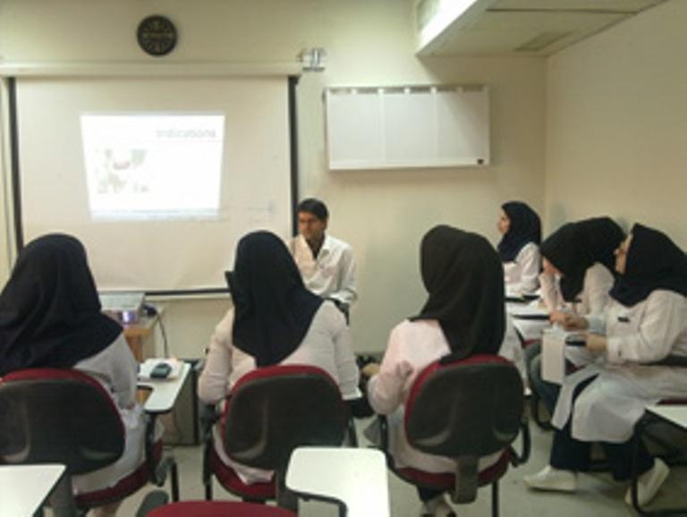 موافقت با پذیرش دانشجو در 7 رشته دانشگاههای علوم پزشکی