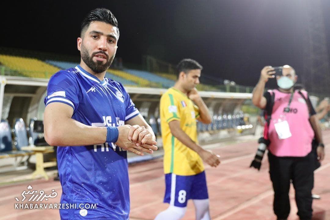 بازیکن استقلال مدیران باشگاه را تهدید کرد / جرات ندارید با ما روبه رو شوید! + عکس