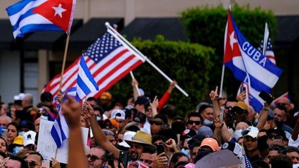 اعتراضات در کوبا؛ ناکارآمدی دولت کمونیستی یا تحریمهای آمریکا؟